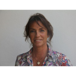 Doctor Isabelle Catoni | Dermatologist