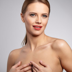 REJUVENATION OF THE LOWER FACE AND DÉCOLLETAGE