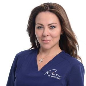 Dr Riekie Smit aesthetic doctor